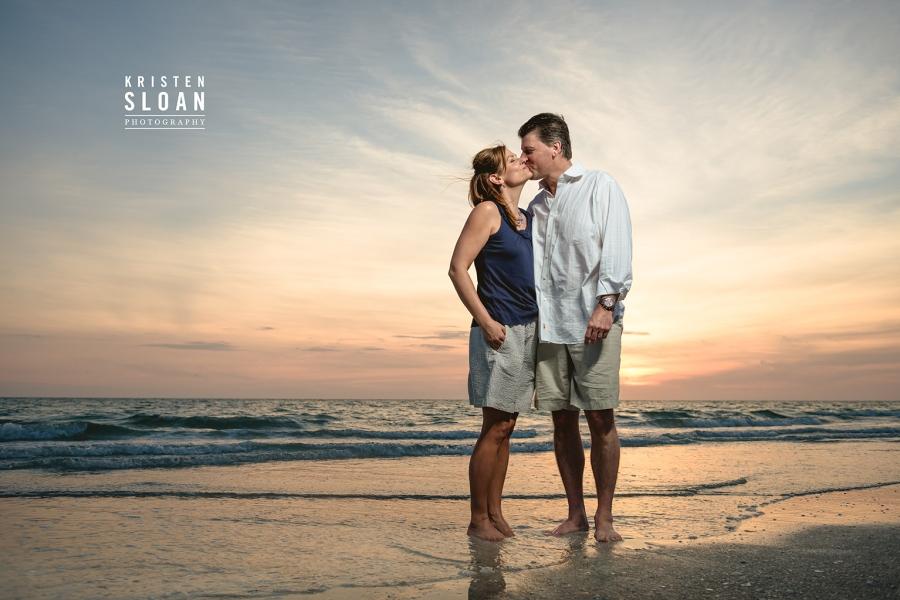 Alden Beach Resort Family Portraits Photos by St Pete Beach Phot