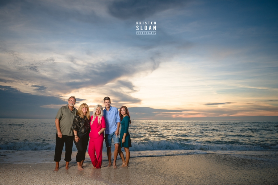 Sunset Beach Treasure Island Portrait Photographer | Treasure Island Wedding Photographer | St Pete Beach Family Portrait Wedding Photographer | Saint Petersburg FL Portrait Wedding Photographer